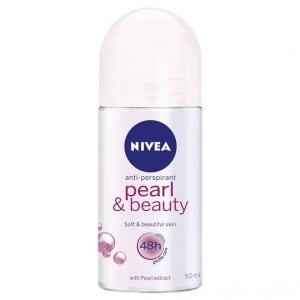 Nivea Deodorant Roll On Pearl & Beauty