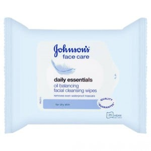 Johnson's Daily Essentials Facial Wipes Dry Skin