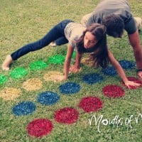 How to make DIY lawn twister