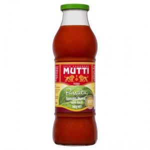 Mutti Passata With Basil