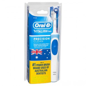 Oral-b Vitality Precision Clean D12.523 Rechargeable Brush
