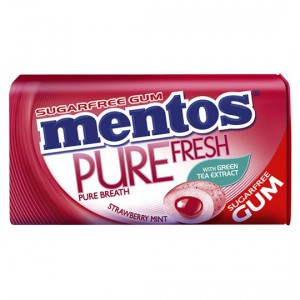 Mentos Pure Fresh Gum Strawberry