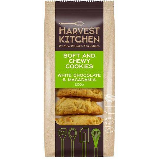 Harvest Kitchen Soft & Chewy Cookie Macadamia & White Chocolate