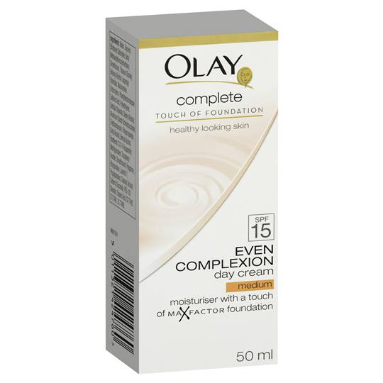 Olay Complete Touch Of Foundation Day Cream Medium