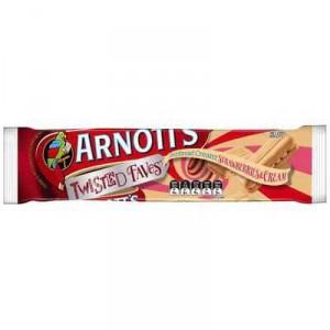 Arnott's Shortbread Creams Strawberry & Cream