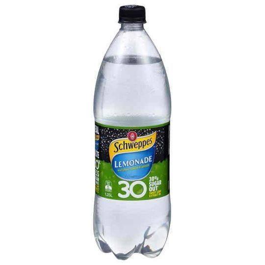 Schweppes Lemonade 30% Less