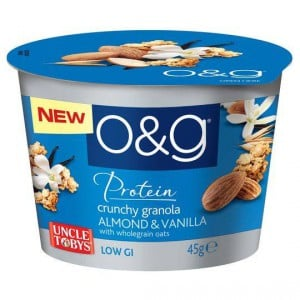 Uncle Tobys O&g Crunchy Granola Almond & Vanilla Cup