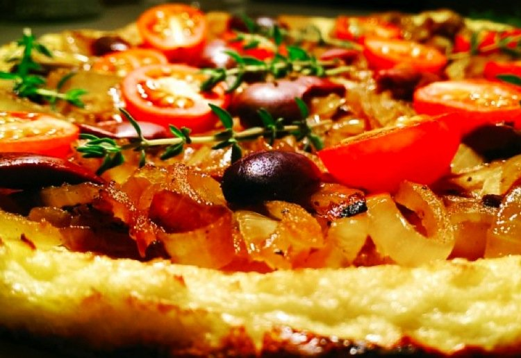 Wheat and dairy free pizza