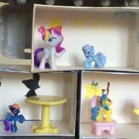 Tissue box pony house