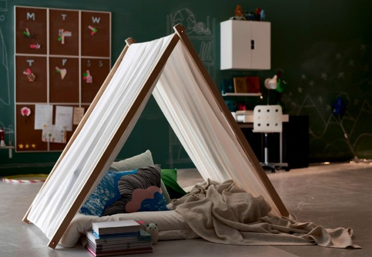 mom57665 reviewed How to make an easy wooden frame tent for the kids