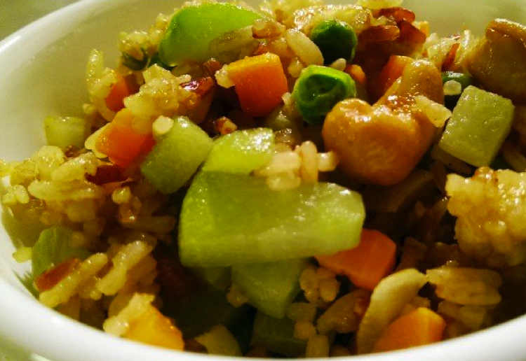 Cashew nut fried rice with choko