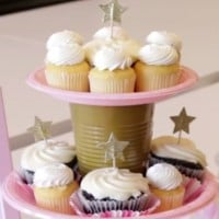 How to make a disposable cup cake stand (quickly!)