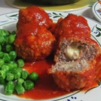 Meatballs with mozzarella