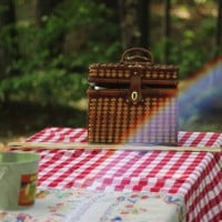 How to host a healthy picnic