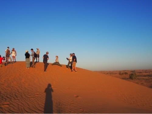 arabian-adventures-dubai_4_everyone-getting-ready-for-sunset-photos