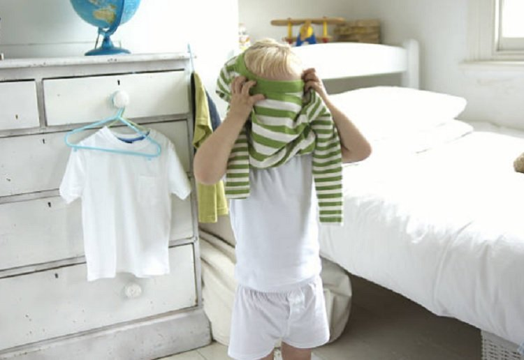 Parents Put in Equivalent of Full Days Work Each Week Just Getting Kids Ready of a Morning