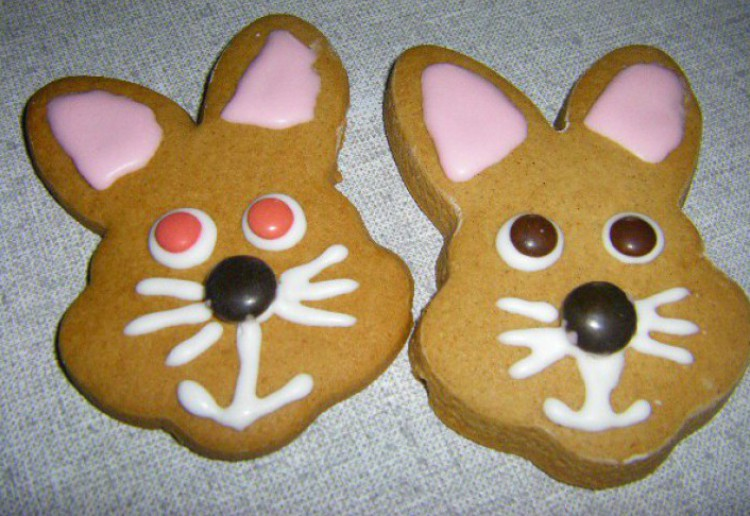 Easter Bunny Gingerbread