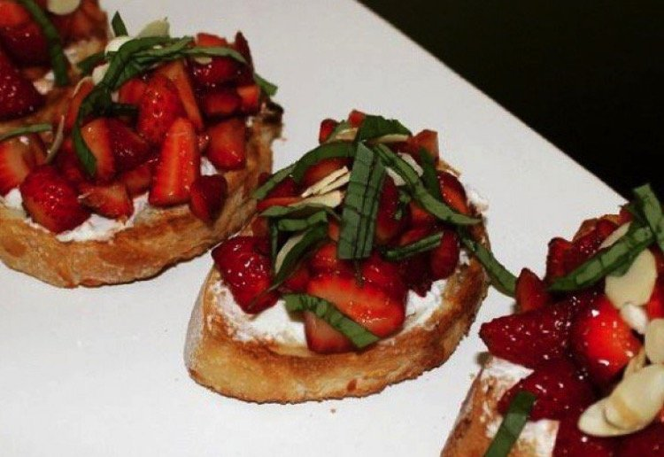 kjgarner reviewed Strawberry Balsamic Bruschetta