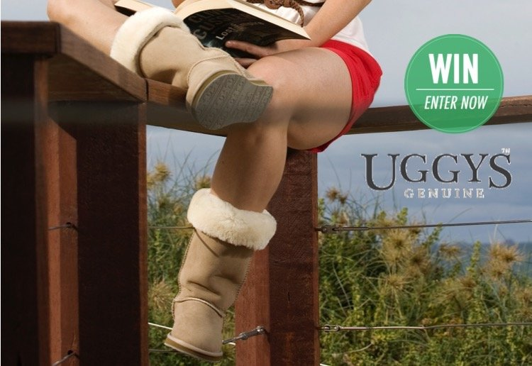 WIN 1 of 2 pairs of UGGYS anti-slip Long ugg boots