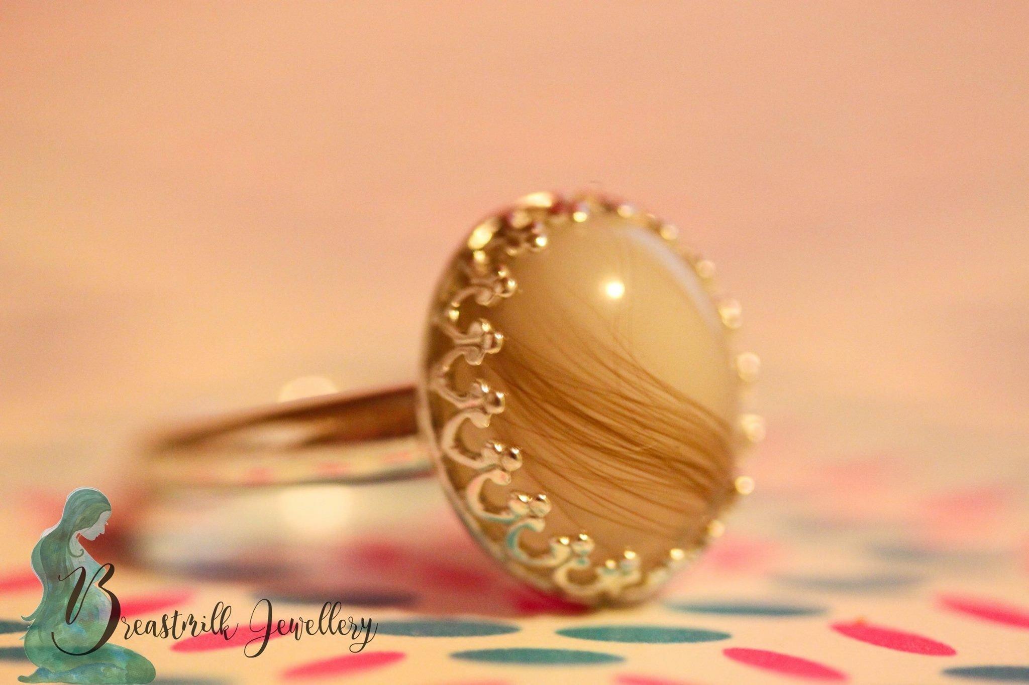 Breastmilk~jewellery