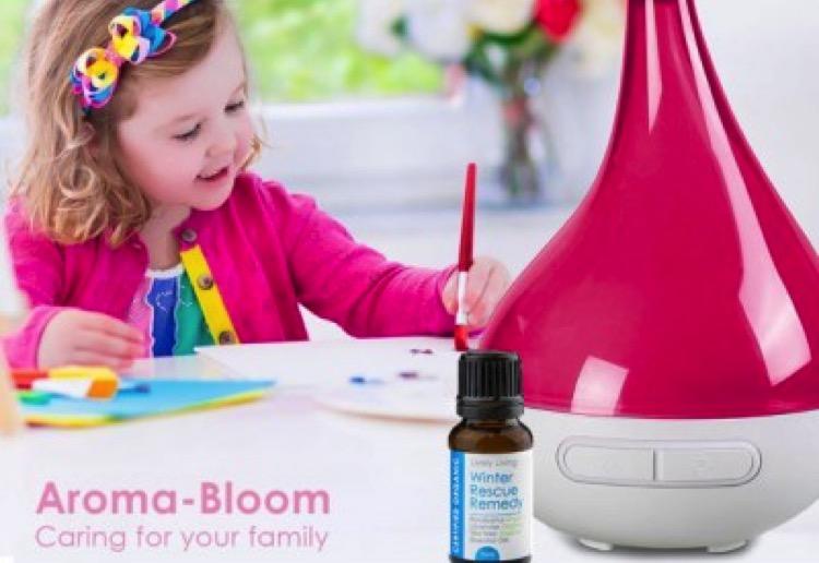 WIN 1 of 5 Aroma Bloom Vaporiser and Essential Oil Packs