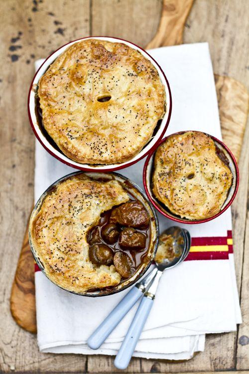 7887a43182af6e883d8ac3949a251d3d--beef-and-mushroom-pie-mushroom-recipe