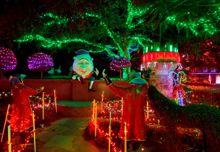 Christmas 2017 750x516 30 - Hunter Valley Gardens Winter Wonderland 2019