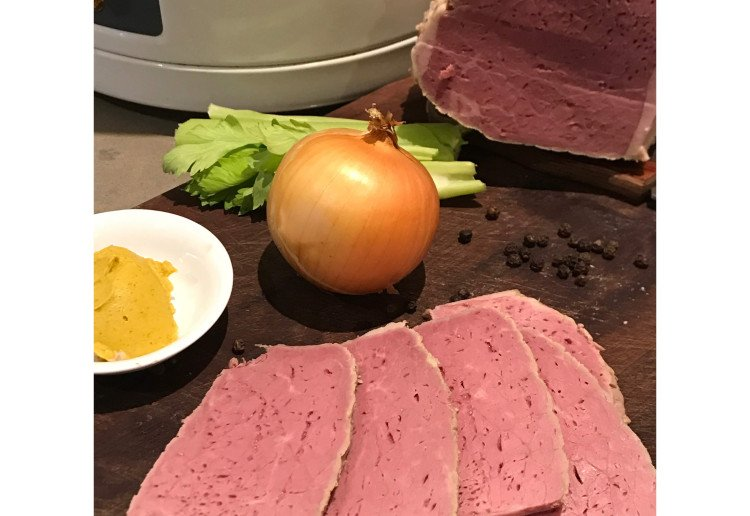 Slow cooker silverside