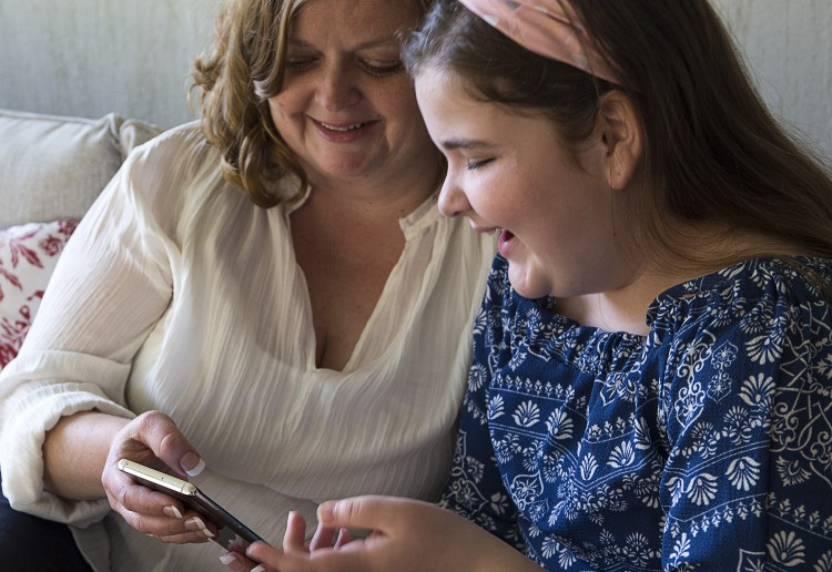 Why Parents Are Too Afraid To Hand Their Old Phones to their Kids
