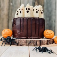 How To Avoid Turning Your Kids Into Sugar Monsters This Halloween