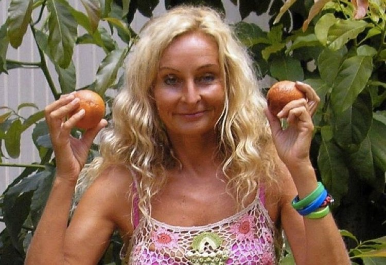 sars_angelchik reviewed This Mum Has Only Eaten Fruit For 27 Years…And Her Kids Too!