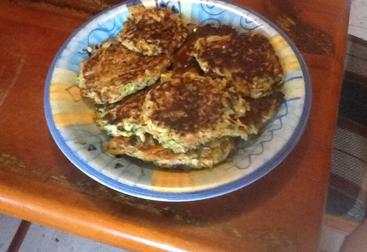 zuchinni potato and carrot rosti image_adj-750x516