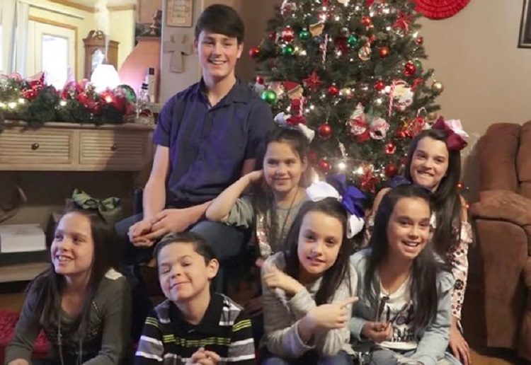 tessie reviewed Seven Siblings Adopted For Christmas