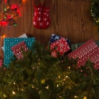 How To Avoid The Christmas Clutter