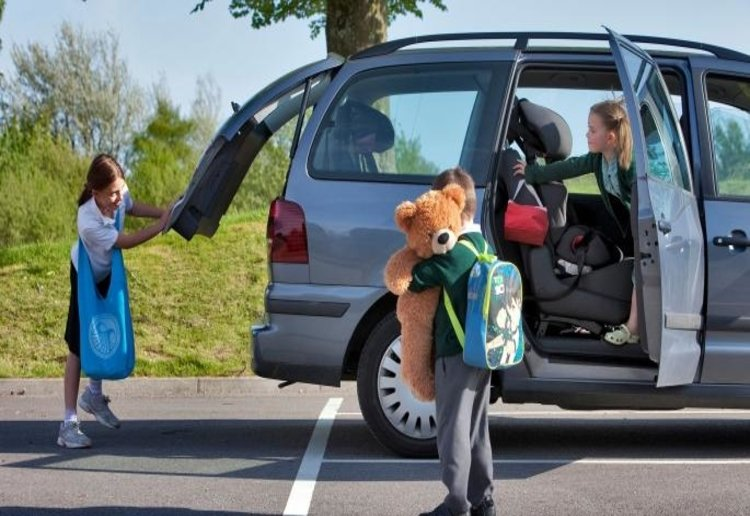 Mum Frustrated After Being Asked To Do The School Run For Her Friend