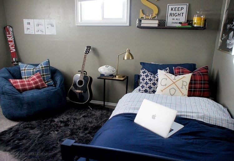 Help your Kid Create an Awesome Room