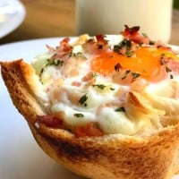 Egg and Bacon Toasty Tarts