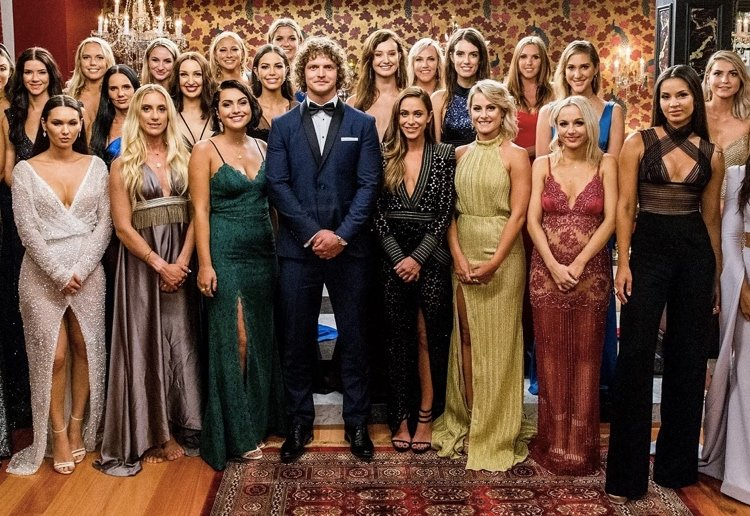 rovermum reviewed Why Aren't Any Of The Bachelor Contestants Fat?