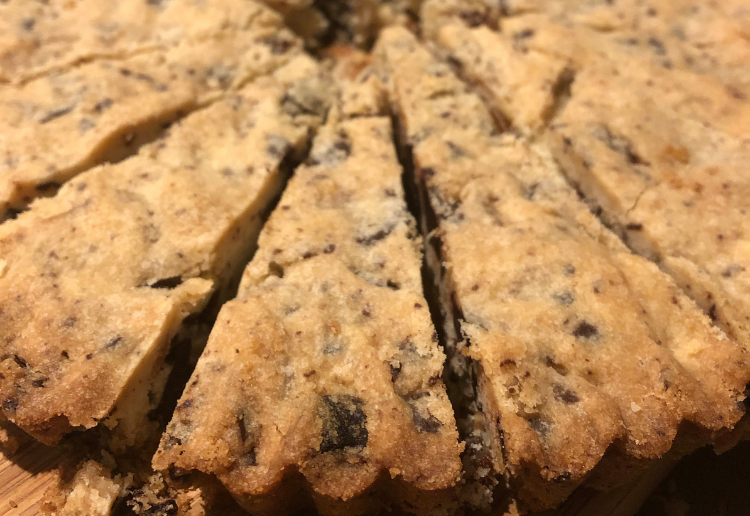 Ginger, Apricot and Chocolate Shortbread