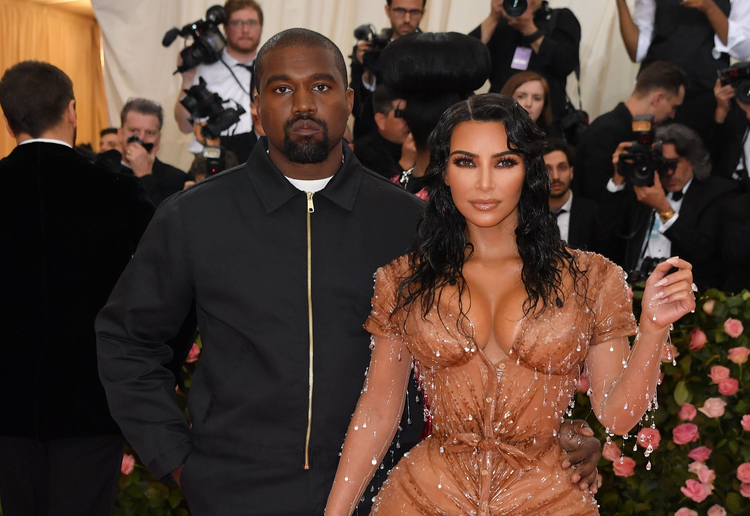 Kim Kardashian Welcomes Fourth Child