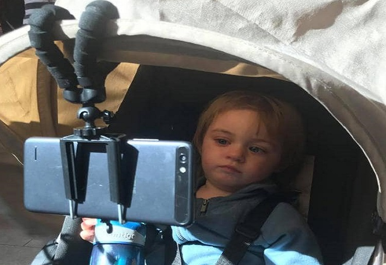 """Mum Accused of """"Bad Parenting"""" After Sharing Clever Pram Hack"""