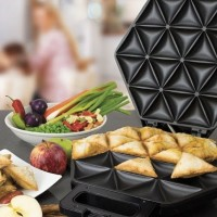 Aldi Is Selling A Samosa And Roti Maker For Delicious Indian Delicacies