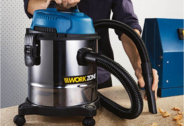 The $39 Wet And Dry Vacuum Shoppers Will Line Up For