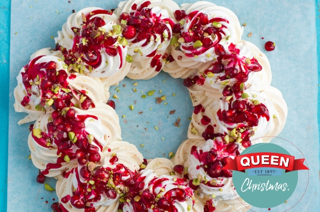 Queen Pavlova Christmas Berry Wreath 625x415