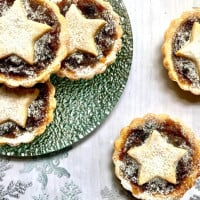 Fruit Mince Tarts That Are Quick And Easy.