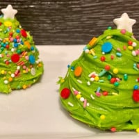 Strawberry White Chocolate Christmas Trees