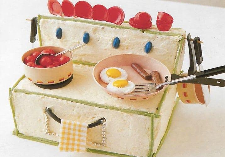 Women's Weekly Children's Birthday Cake Book stove cake