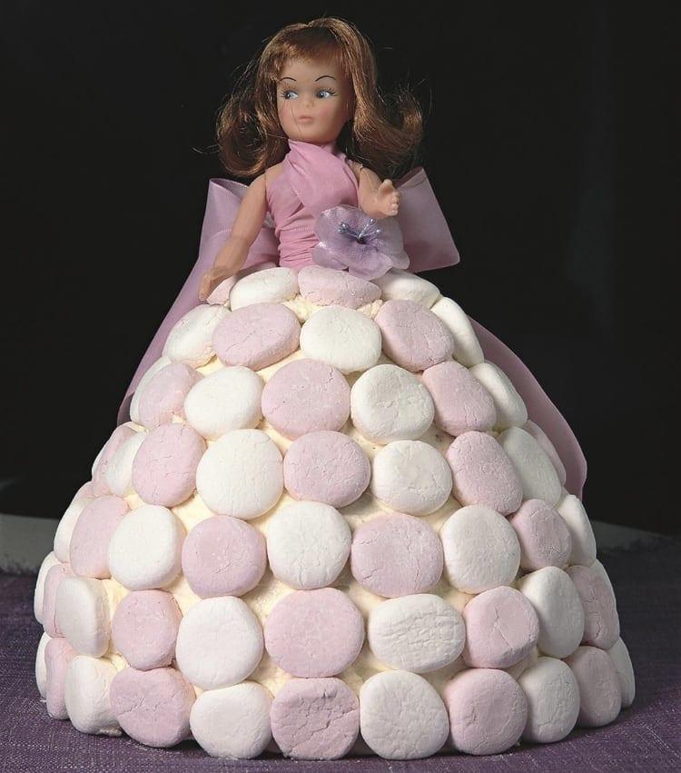 Women's Weekly Children's Birthday Cake Book dolly varden cake