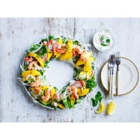 Prawn, Mango And Fennel Wreath Salad