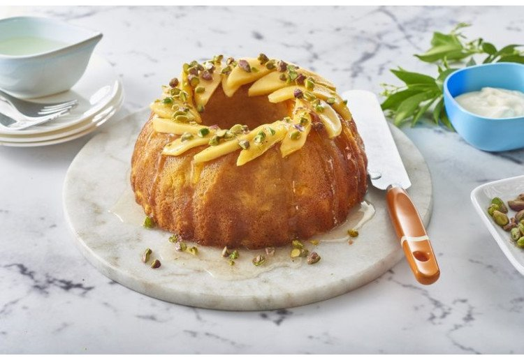 Mango And Pistachio Cake With Lemon Syrup